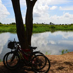 Canal de agua dulce en camino a La Laguna de la Leche