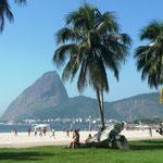 Blick auf den Zuckerhut vom Praia de Flamengo, 10.04.2009