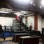 Démontage de l'ancien gradin pour un nouveau / Salle de l'atelier - Janvier 2019