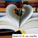Lesen ist Herzenssache  |  Aktion für Bücherei für mehr Interesse am Lesen – Fotos, Flyer, Postkarten