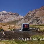 Wasserdurchfahrt im Valle Hermoso