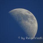 Mond in der Wüste von Tatacoa