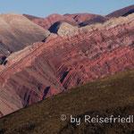 14 farbiges Gebirge