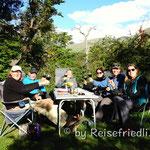 Reisende unter sich am Lago Rocca