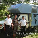 Touristenpolizei als Wanderbegleitung