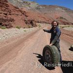 Reifenpanne auf der Talfahrt des Pirca Negras