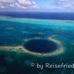 Das Blue Hole von oben