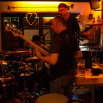 DOC heR bRaiN (Peter`s Cottage - Irish Pub)