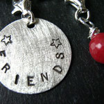 "Art.Nr.: C-1025 asereba-charm ""FRIENDS"""