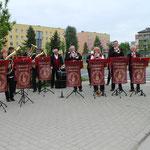 Die acht teilnehmenden Orchester luden die Gorzower ein zum Besuch des Blasmusiktreffens