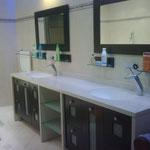 Grande salle de bain baignoire
