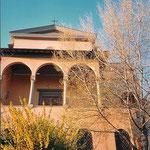 Il portico della chiesa