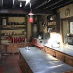 Küche mit direkter Sonneneinstrahlung