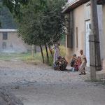 Das letzte Dorf 800 Meter vor der Grenze zu Tajikistan