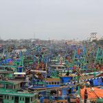 Fischerboote...sind die Parkplaetze wohl nummeriert?