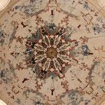 Reste von ornamentaler Malerei sind hier noch erhalten!