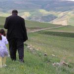 Vater und Tochter unterwegs