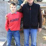 Langsam aber sicher, das ist sein Motto, Papa mit Sohnemann Luki