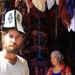 Traditioneller Hut...Traditioneller Kirgise ??
