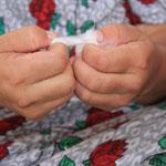 ...welche hier noch von Hand gemacht wird...nach nur einer Stunde waren meine Finger rauh wie Schmiergelpapier