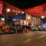 Stimmungsvoller Nachtmarkt, ein Spaziergang wert!
