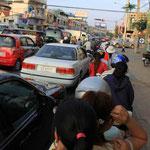 Einfahrt in Phnom Penh...