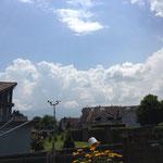 Am nächsten Tag (19.6.2014) steigen wieder mächtige Quellwolken in den Himmel.