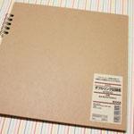 無印のリングノート 本体 約21センチ×21センチ 525円(税込)