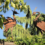 Thomas Riedl - Akzente in Naturstein. Künstlerische, individuelle Gestaltung von Gärten und Außenanlagen, GaLaBau, Gartenskulpturen aus Metall, Metallgartenskulpturen