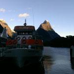 Unser Boot fuer den Milford Sound