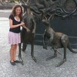 das erste Kangoroo fuer Djamila...die flauschigeren kommen noch :-)