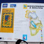 On arrive en  Bolivie ... les pancartes sont d'une autre époque !