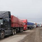 Retour aux douanes côté bolivien, c'est l'anarchie !