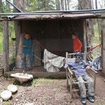 ....Les enfants ont même fait une cabane !