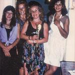 Die erste Küchencrew - Roula, Isabelle, Stefania und ??