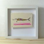 Finnpappe mit Malerei-Mischtechnik in dreidimensionaler Rahmung - Rahmenmaße: 23x23 cm - Titel: Zwirbelbart-Fisch