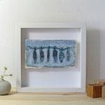 Finnpappe mit Malerei-Mischtechnik in dreidimensionaler Rahmung - Rahmenmaße: 23x23 cm - Titel: Stockfisch -verkauft-