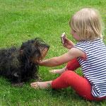 Urlaub mit lieben Tieren auf dem Ferienhof Hendlmühle
