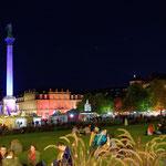 2018: Stuttgart nachts beim historischen Volksfest