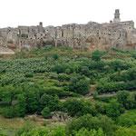 2007: Dorf in der Toscana