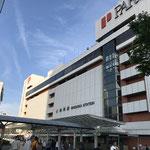 ①JR静岡駅北口 駅ビルはパルシェと呼ばれる商業施設(地下1階、地上7階の百貨店:JR東海グループ)。