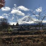 富士吉田教会のホールから、目の前に広がっていた光景です。