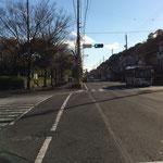 麻機街道・城北公園交差点(写真は南向き:浅間神社方向)を左折(東向き:安東小、安東二丁目交差点方向に)
