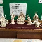 プレゼビオ(キリスト誕生の情景を表す人形 もともと、イタリア語で「飼い葉おけ」という意味)