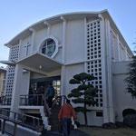日本基督教団静岡教会の教会堂入り口