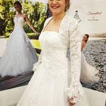 Ivory Tüllkleid mit drappierungen und Spitze. Bolero kann dazu extra erworben werden. Kleid Gr 36-38 Bolero Gr 36