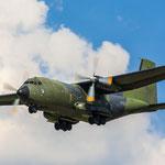 """Machte einen """"Angriff von hinten"""" mit anschließenden Überflug: C-160 Transall"""