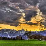 November - Traumhafter Sonnenuntergang während einer Bergtour (Sonthofen und Oberstdorf)