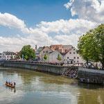 Kaiserwetter zum 39. Fischerstechen in Neuburg an der Donau