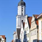 Neuburg an der Donau - Altstadt / Kirche St. Peter